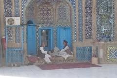 1_DSC_1393-Mazare-Sharif-resting-guerds
