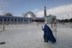 DSC_1397-Mazar-e-Sharif-ladies-in-burka