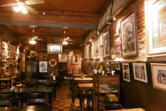 1_P1000197-Oude-bar-in-La-Boca