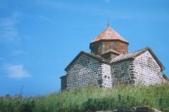 IMG_3580-Kerkje-bij-Sevan-meer