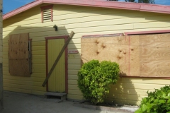 IMG_0467-Belize-Caye-Caulker-alles-dichtgetimmerd-voor-de-orkaan-Richard