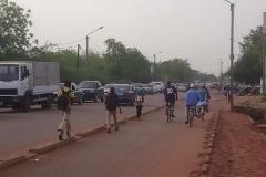 1_DSC_2682-Fietsers-in-Ouagadougou