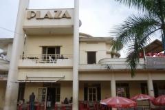P1050600-Koloniaal-gebouw-Plaza-Bujumbura