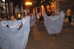090214-Cartagena-33-studenten-dansen-folklore