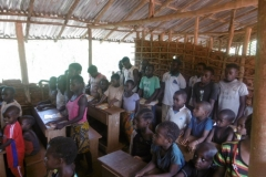 P1000194-Dorpsschooltje-op-het-platteland
