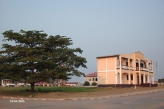 HPIM0583-Ebebiyin-gemeentehuis