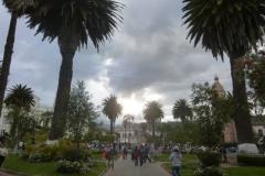 1_P1120459-Otavalo-Plaza-Bolivar