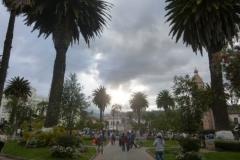 P1120459-Otavalo-Plaza-Bolivar