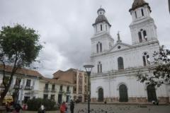 P1120872-Cuenca-Plaza-San-Francisco