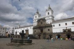 P1120933-Quito-Plaza-San-Francisco