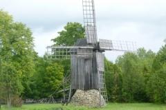 P1040285-Typische-windmolen-op-Saaremaa-Viira