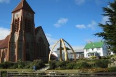 IMG_2165-Stanley-St-Marys-Church-and-Whalebone-Arch