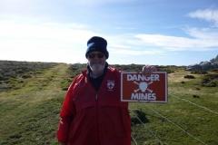 P1000102-Mijnenveld-overblijfsel-van-de-Falkland-oorlog