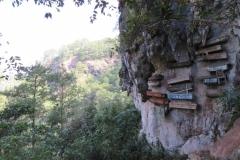 IMG_2849-Sagada-hanging-coffins