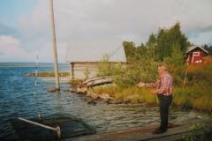 IMG_3615-Lake-Livo-vader-van-Paula-voedert-vissen