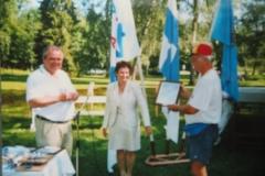 IMG_3638-Receiving-International-Walkers-Certificate