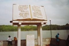 1-Oiapoque-BRA-zicht-op-Oyapock-rivier-en-St.-Georges-Guyana-Fr.