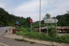 DSC_0490-Belangrijk-kruispunt-maar-geen-verkeer-wel-bushmeat