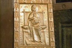 1_P1010895-Svetitskhoveli-golden-icona