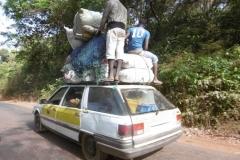 P1000650-Volla-taxi-onderweg-naar-Conakry