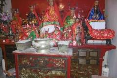 P1000672-Shrine-in-Man-Mo-Temple