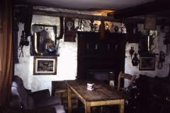 56-24-Glencree-Wicklow-Johny-Fox-Bar