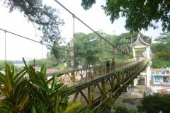 P1070005-Bukittingi-voetgangersbrug