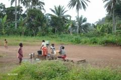 HPIM0288-Waterpomp-in-dorp-omgeving-Bafang