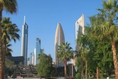 IMG_2783-Kuwait-skyline-in-Al-Shaheed-Park