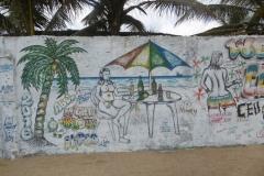 P1010143-Grfitti-bij-een-strandbar-in-Monrovia