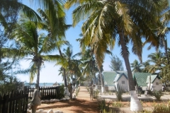 1_P1010424-Morombe-hotel-Baobab