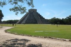 IMG_0027-Mexico-Chitzen-Itza-el-castillo