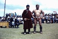 38-04-Nadaam-de-kampioen