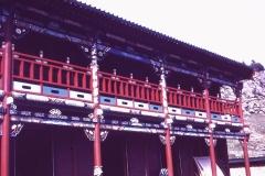 38-33-Manchir-bouw-nieuw-houten-klooster
