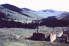 38-34-Manchir-ruines-klooster-en-dal