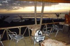 P1000741-Avondeten-bij-hotelmahai.com-met-prachtige-zonsondergang