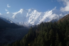 DSC_2315-Zicht-op-Nanga-Parbat-vanaf-ons-terras-bij-Raikot-Sarai-kopie
