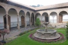 P1130080-Cusco-Museo-Arzobispal