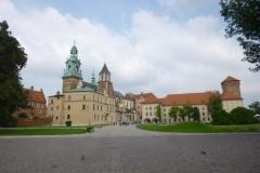 P1040559-Krakau-binnenkoer-kasteel