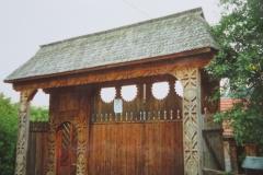 IMG_3474-Houten-ingangspoort-in-Maramures
