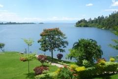 P1050404-Wandeling-langs-Kivumeer-in-Kibuye