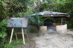 P1000961-Tent-onder-afdak