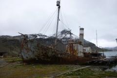 P1010244-Oude-kanoneerboot-Petrel