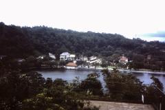 74-08-Kandy-meer
