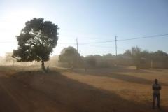 P1050770-Morgenschemering-bij-Usinge-West-Tanzania