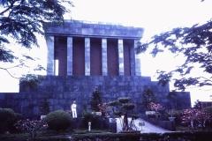 68-29-Hanoi-mausoleum-van-Ho-Chi-Minh